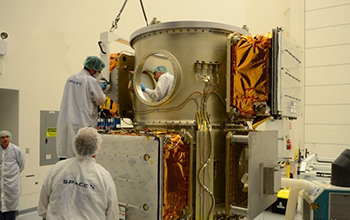 Moog Personnel with Support from SNC and SpaceX Install OG2 Spacecraft 11 onto the ESPA