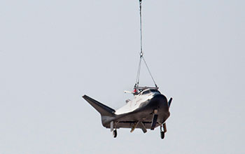 SNC's Dream Chaser® Spacecraft - 2017 Captive Carry Test (8)