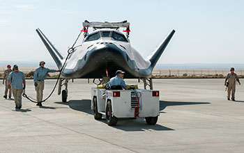 SNC's Dream Chaser® Spacecraft - 2017 Captive Carry Test (12)